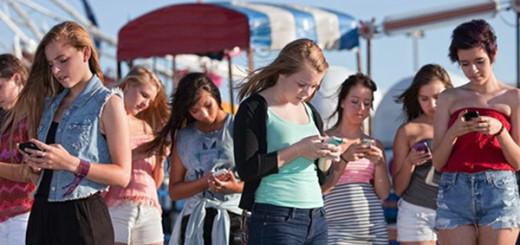 smartphone addiction america colorado employment